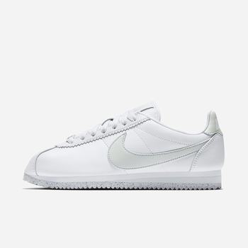 Nike Classic Cortez Flyleather with at least 50% leather fibre - Beyaz